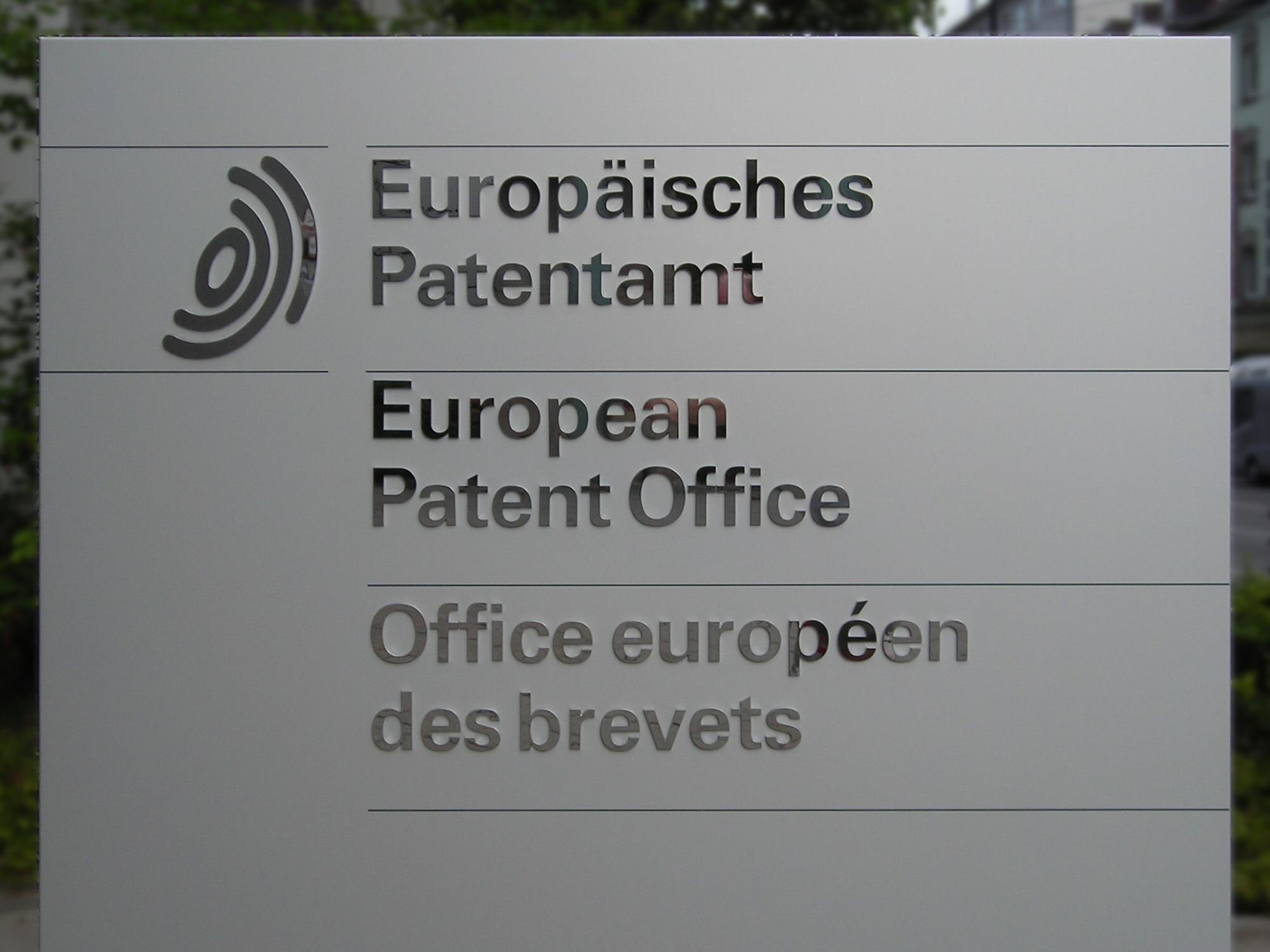 Extension of official deadlines at the EPO