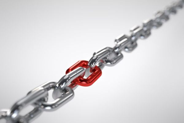 A link of steel chain